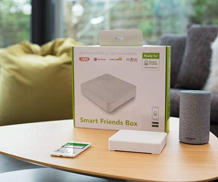 """""""Smart Friends Box"""" mit Alexa erweitert"""